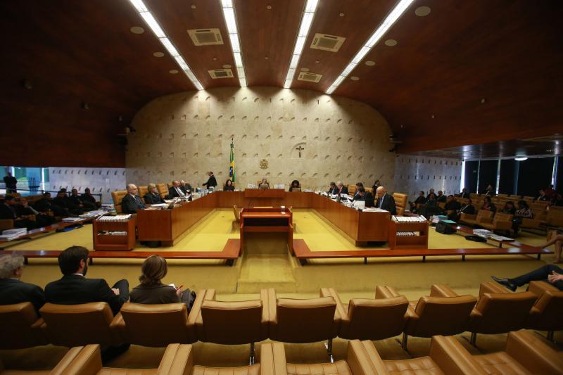Ministros do STF têm cota de R$ 51,6 mil para voar