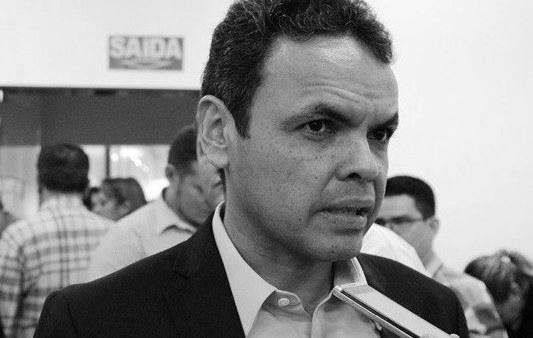 Audiência de processo que pede a cassação do prefeito Gil Carlos foi adiada