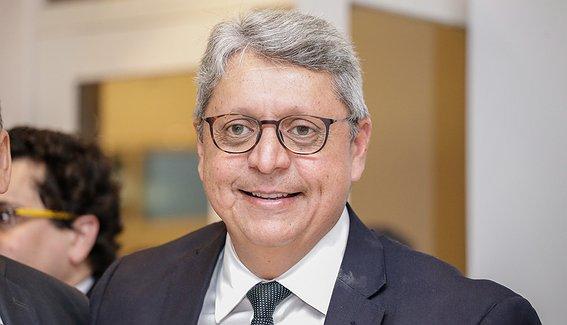 Governo de Wellington Dias cria e indica os diretores para nova agência