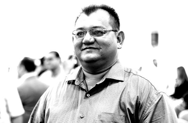 Justiça determina ao prefeito Léo Leite o retorno imediato de servidora afastada ilegalmente