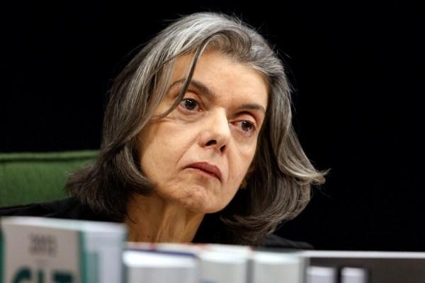 Cármen Lúcia diz que habeas corpus de Lula não depende da pauta do STF