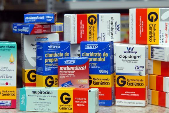 Preços dos remédios sobem até 2,84% a partir deste sábado