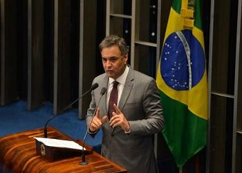 No Senado, Aécio Neves defende investigação e punição no caso na Petrobras