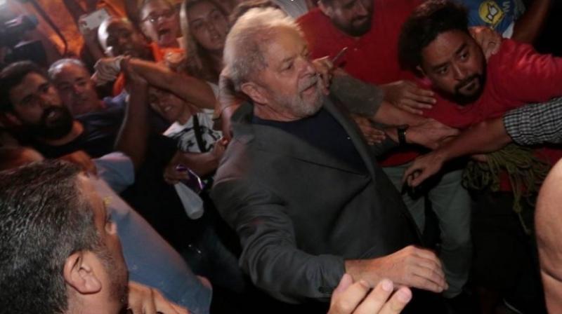 Lula: o primeiro presidente preso desde a redemocratização do país