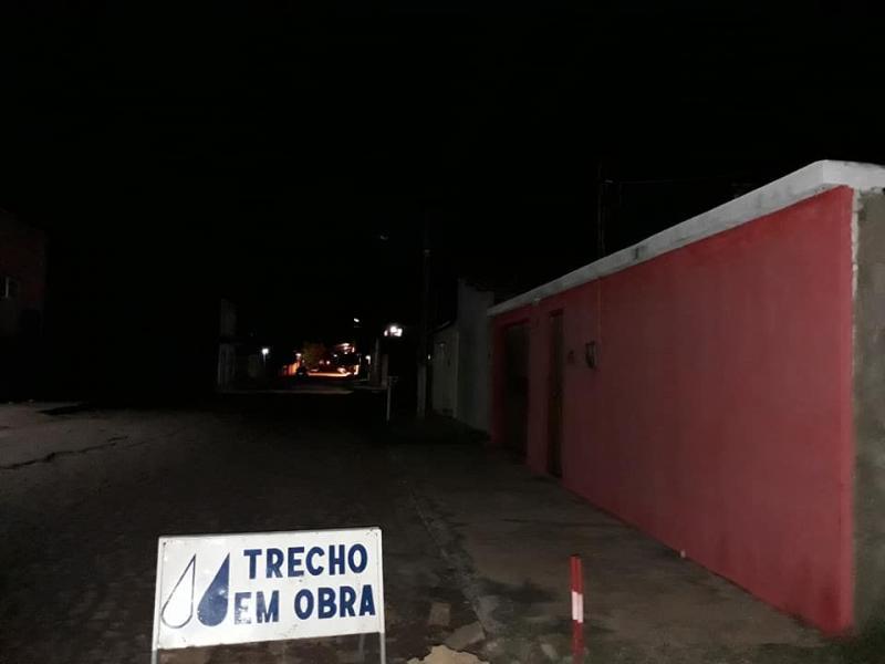 Gestão do prefeito Gil Carlos deixa cidade às escuras e exposta ao perigo constante