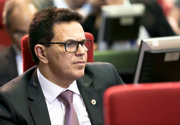 Zé Santana defende chapa majoritária e coligação proporcional no chapão de W.Dias