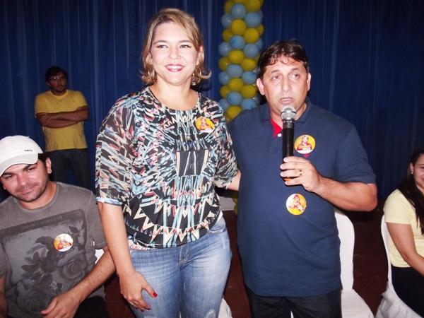 Janaínna Marques compara o prefeito cassado Lourival Bezerra a Jesus Cristo