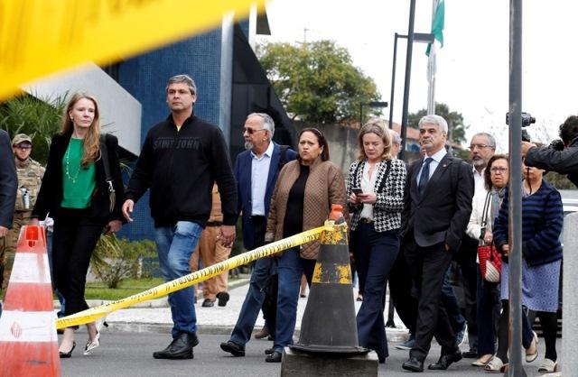 """A """"missão"""" dos companheiros de Lula"""