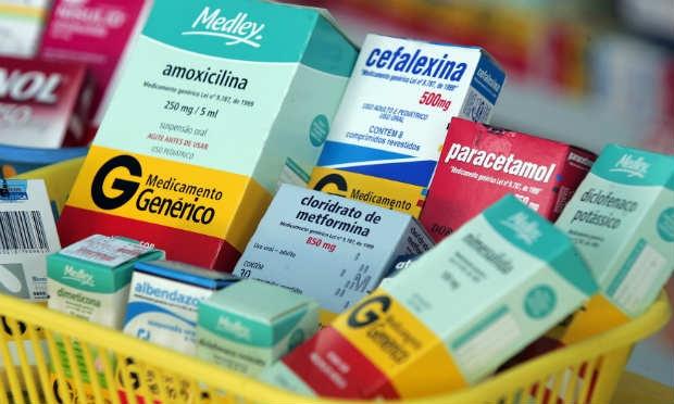 Anvisa autoriza venda de novos genéricos para HIV e pressão alta