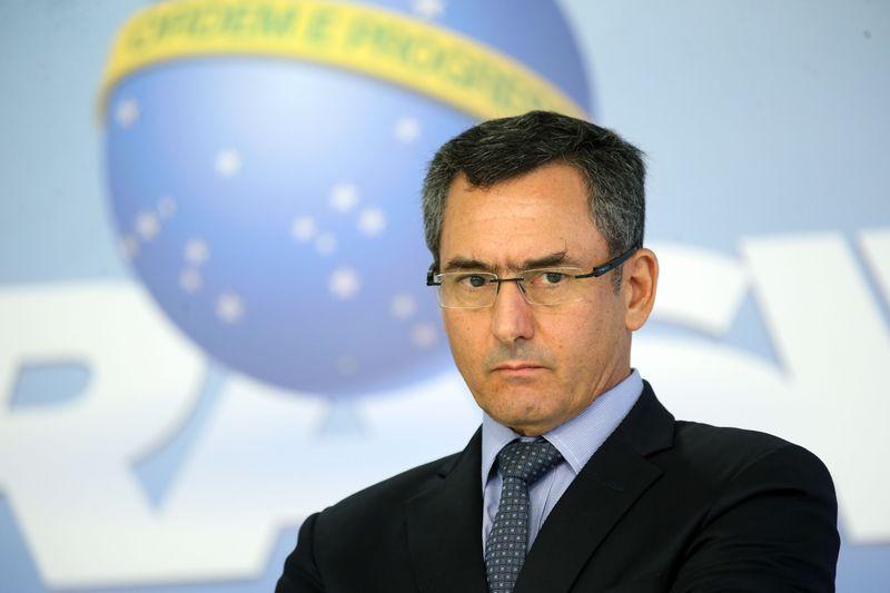 Ministro da Fazenda,Eduardo Guardia, confirma fim da Cide para diesel