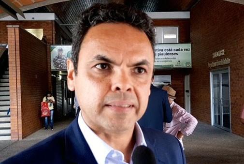 Gil Carlos diz que o governo do Estado já quitou débitos com o transporte escolar