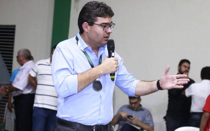 Luciano Nunes afirma que definirá nome de vice apenas em agosto