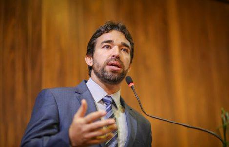 Marden Menezes diz que a greve dos professores teria sido motivada pelo calote do governo