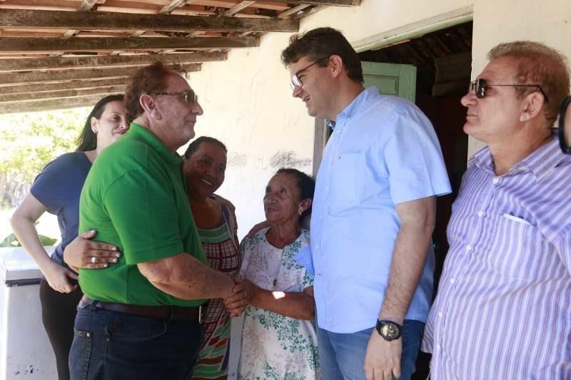 Luciano garante apoio de lideranças do PT e PP para sua candidatura ao Governo do Estado