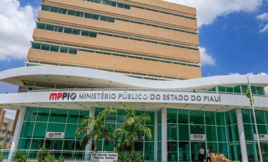 MP instaura inquérito para apurar descumprimento de acordo sobre contratação em Ribeira do PI