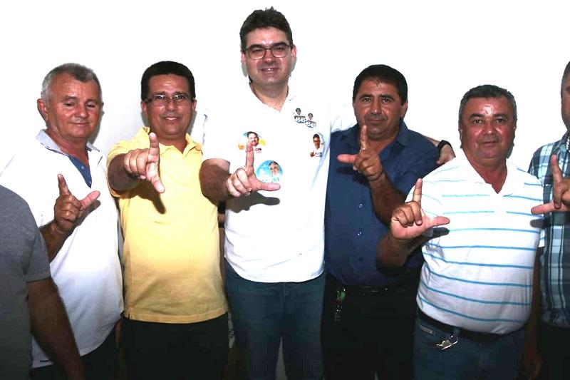 Políticos de vários municípios reforçam campanha de Luciano na região de Picos