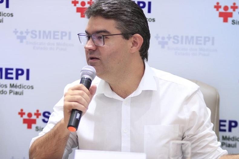 Luciano Nunes diz que o governo gasta mal com a saúde pública do Piauí