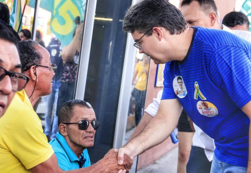 Luciano afirma em caminhada que piauienses desejam uma transformação do Estado