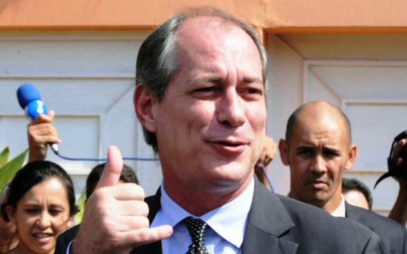 Ciro Gomes liga para Haddad e o chama de 'presidente'