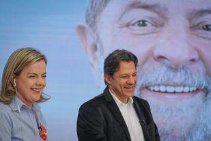 Gleisi: Lula mandou Haddad fazer campanha e não ir mais a Curitiba