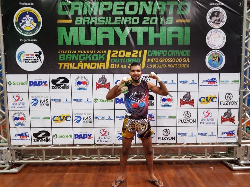 Saojoanense Rafael França conquista Campeonato Brasileiro de Muay Thai