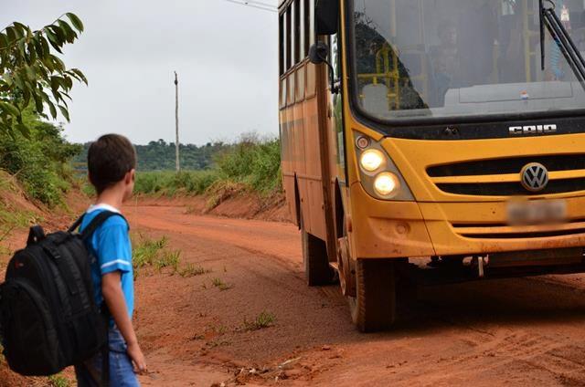 MP prorroga investigação sobre fornecimento de transporte escolar em Nova Santa Rita