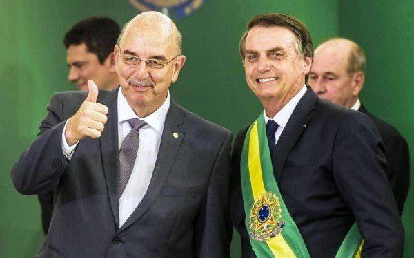Ministro da Cidadania diz que vai cumprir promessa de décimo-terceiro do Bolsa Família
