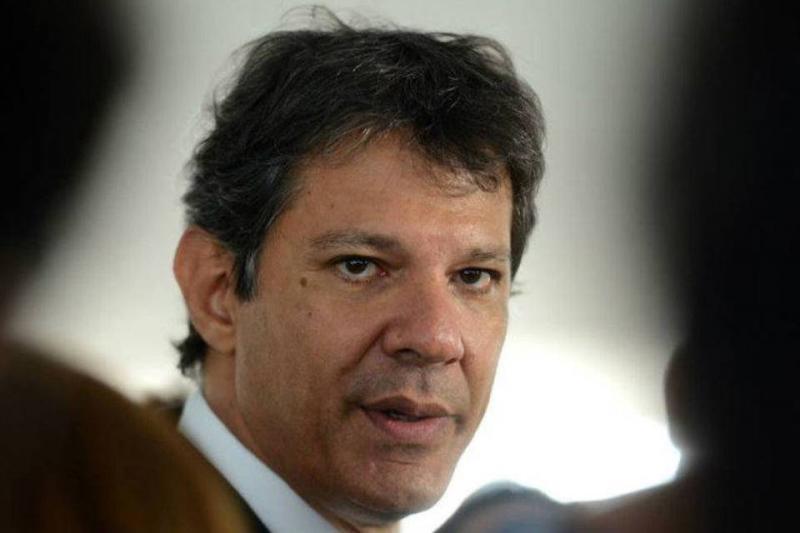 Fernando Haddad questiona patrimônio imobiliário da família de Bolsonaro