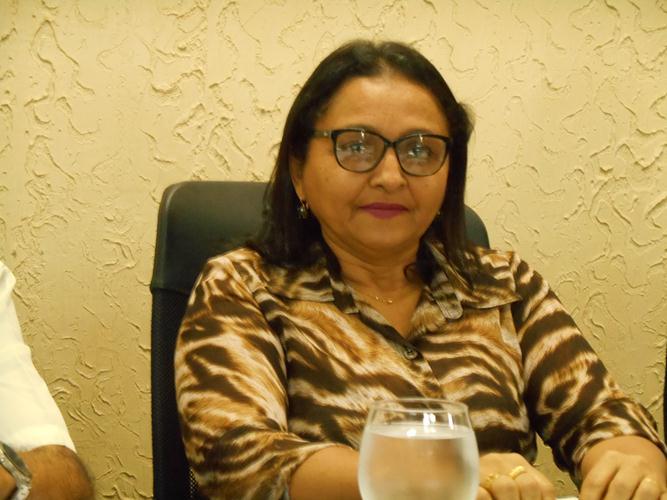 TCE-PI julgou denúncia de contratações da gestão da ex-presidente Nívia Selma