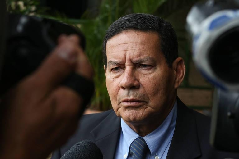 MOURÃO: acho que o Rodrigo (Maia) deve ganhar, né? O senado que está indeciso