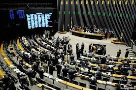 Indicação política define 80% de postos na Câmara dos Deputados