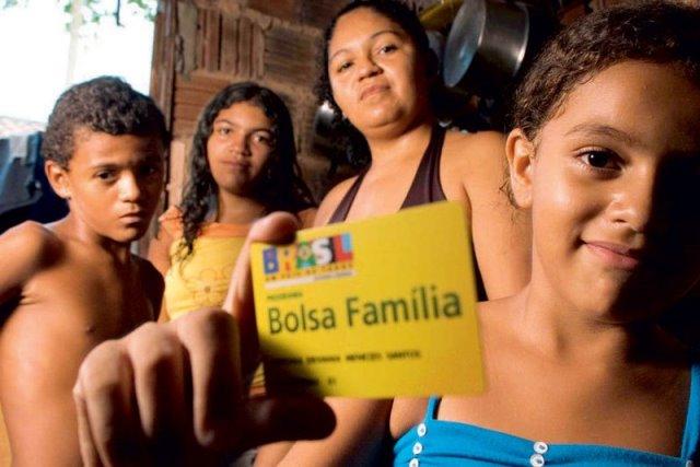 Programa Bolsa Família tem 374,9 mil filiados a partidos políticos