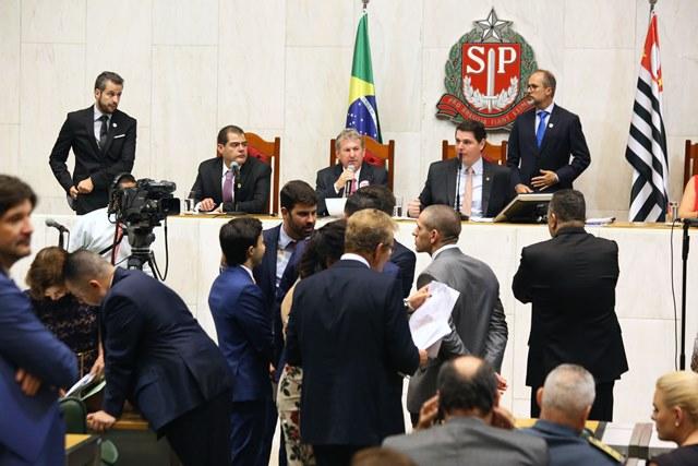 PT e PSL querem CPI para Investigar Dersa e Paulo Vieira de Souza