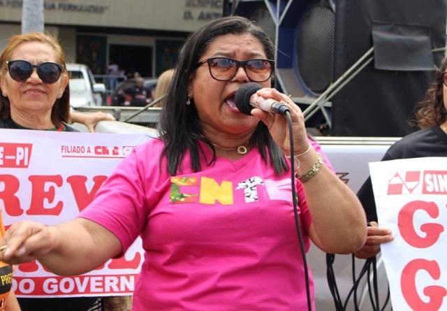 Presidente do SINTE-PI  denuncia Wellington Dias por descumprimento de lei