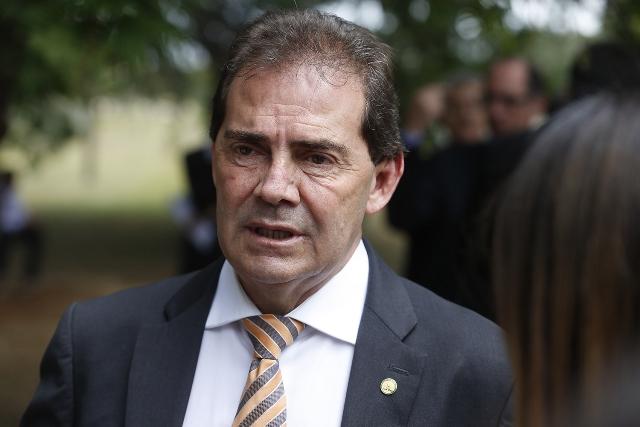 Paulinho diz que vai protocolar emenda para reduzir idade de aposentadoria de professores