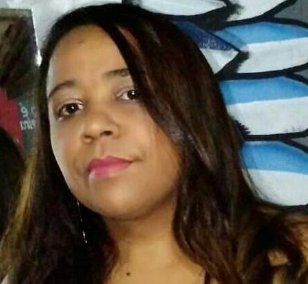 """Professora de São João do Piauí lança """"Eu, alma submissa tua"""", livro de romance"""