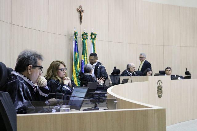 TCE-PI bloqueia contas de Gervásio Oliveira por não envio de dados do IEGM 2019