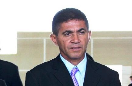 Antônio Chico tem 60 dias para fazer execução de cobrança contra Régio Aquino