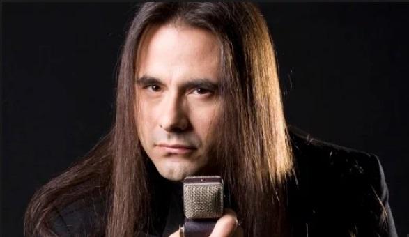 Morre Andre Matos, ex-vocalista e fundador do Angra, aos 47 anos