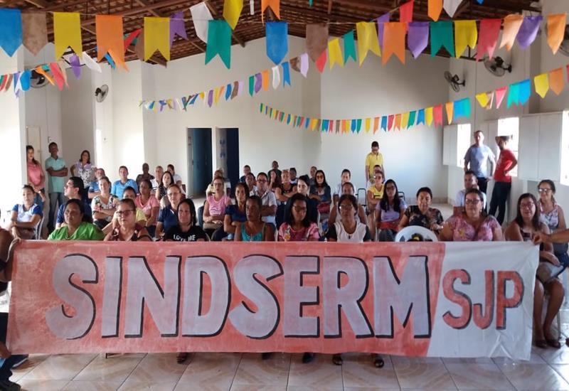 Sindserm de São João do Piauí deflagra greve por tempo indeterminado