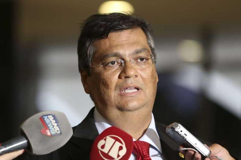 Flávio Dino, governador do Maranhão, acusa Bolsonaro de racismo e ameaça
