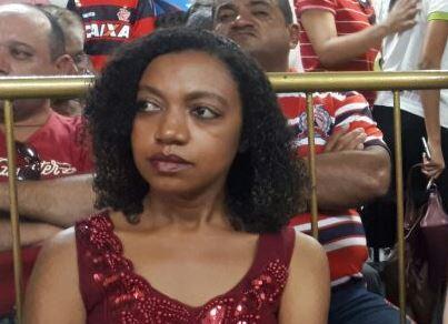 Adriana Castro desmoraliza o discurso de candidatura própria do PT