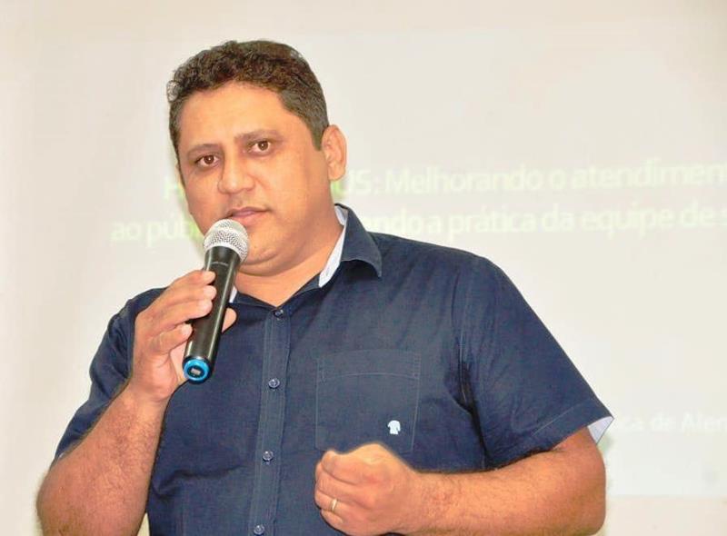 TCE-PI julga irregulares contratações sem concurso feitas por Gilson Castro