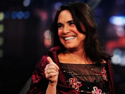 Em nova novela da Globo, Regina Duarte será viúva lésbica