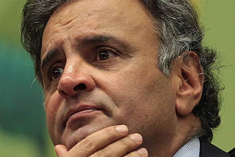 Executiva nacional do PSDB recebe pedido de expulsão de Aécio Neves