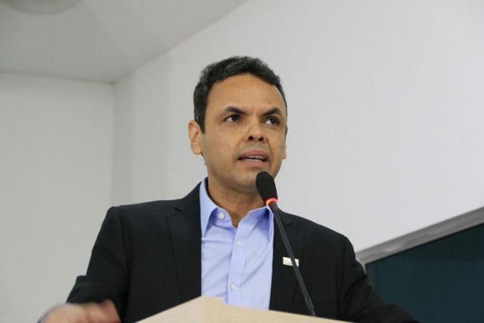 Prefeito Gil Carlos esclarece ação do MP que pede suspensão de direitos políticos
