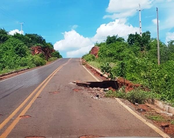 Justiça determina retomada das obras na rodovia PI-245 entre Picos e Itainópolis