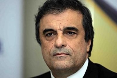 Ministro da Justiça adota tom cauteloso sobre envolvimento do PT no Petrolão