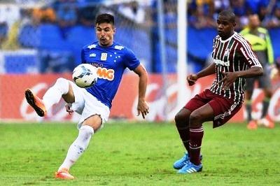 Cruzeiro faz a festa no Mineirão e vira em cima do Fluminense