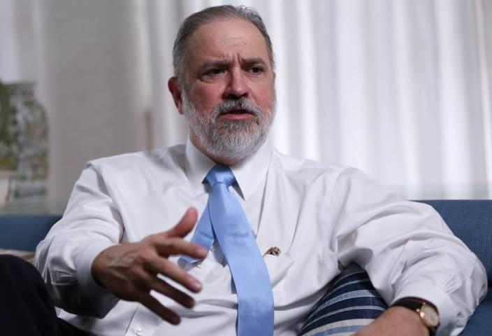 Aras diz que PGR priorizará combate 'intransigente à corrupção'